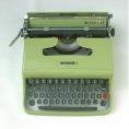Macchina da scrivere Olivetti Lettera 22 anni '50