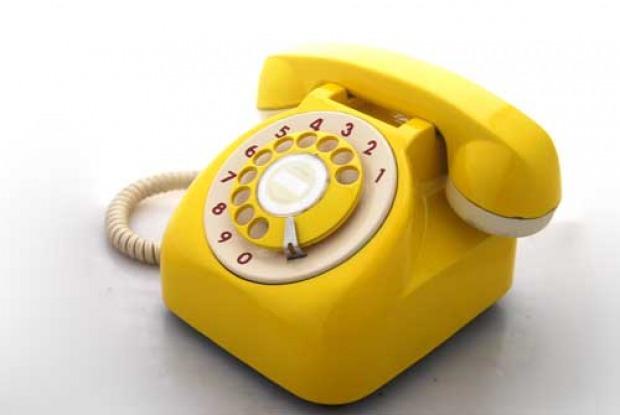 Oggetti vintage anni 39 50 accessori cucina giocattoli for Oggetti di colore giallo